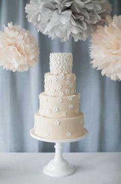 beautiful peach wedding cake