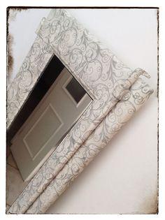 Hoy vamos a transformar un viejo postigo en un precioso espejo para tu dormitorio. Para ello vamos a combinar el reciclado de materiales con la técnica del decoupage. http://bricoblog.eu/transformacion-de-un-viejo-postigo-en-un-espejo #Manualidades #Reciclado #Decoupage #Decoracion