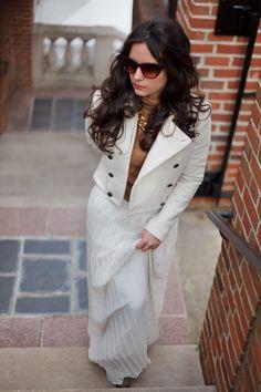 Abbey Brandon, Fashion Blogger. Blog: District Dress Up.  District Dress Up: Pretty in Pleat