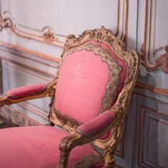 fancy pink chair