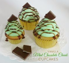 Lindsay Ann Bakes: Vanilla Mint Cupcakes with Chocolate Drizzle