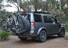 iSi Advanced Bicycle Carrier and Bike Rack Systems - Land Rover Discovery 4 Bicycle Carrier 4 Bike Carrier, Motorcycle Carrier, Land Rover Overland, Land Rover Defender, Range Rover Discovery, Wheels Of Fire, Land Rover Off Road, Suv 4x4, Adventure Car
