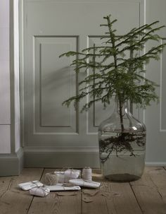 Stylist Lotta Agaton. Decoration, Christmas, Gifts, Wrapping Ideas, Wooden Floor