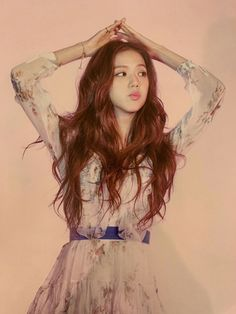 Uploaded by 맨디. Find images and videos about kpop, rose and blackpink on We Heart It - the app to get lost in what you love. Kim Jennie, Blackpink Jisoo, South Korean Girls, Korean Girl Groups, Square Two, Black Pink ジス, Blackpink Photos, Yg Entertainment, Mamamoo