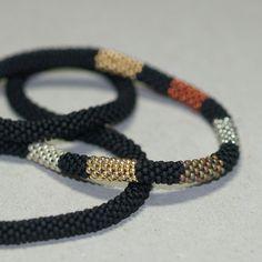 Industriel Chic... Perle Crochet corde. Collier. par time2cre8