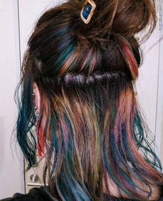 Yoshika UegakiさんはInstagramを利用しています:「最近のカラー! ベージュ×レインボー 次は推しカラーするよー。 #ヘアカラー #ハイトーンカラー #ブリーチ #ブリーチオンカラー #派手髪 #マニパニ #トリートメントカラー #レインボーカラー #ユニコーンカラー#メッシーバン #ハーフアップ #ヘアアレンジ #N.…」 Pretty Hairstyles, Braided Hairstyles, Hair Inspo, Hair Inspiration, Hidden Rainbow Hair, Peekaboo Hair, Underlights Hair, Dye My Hair, Grunge Hair