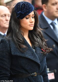 Meghan Markle Photos - Meghan Duchess of Sussex attends the Field of Remembrance at Westminster Abbey on November 2019 in London, England. - Members Of The Royal Family Attend The Field Of Remembrance At Westminster Abbey Prince William And Kate, Prince Harry And Meghan, Princess Meghan, Prince Charles, Duchess Of Cornwall, Duchess Of Cambridge, Duchess Kate, Duke And Duchess, Meghan Markle Photos