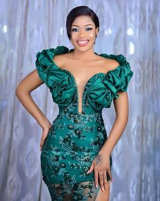 African Prom Dresses, Latest African Fashion Dresses, Long Sleeve Evening Dresses, Evening Gowns, Lace Styles For Wedding, Stylish Gown, African Lace Styles, Lace Dress Styles, African Traditional Dresses