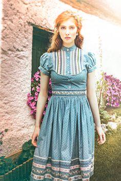 #Farbbberatung #Stilberatung #Farbenreich mit www.farben-reich.com Lena Hoschek Tradition Wally Kleid FS 2016