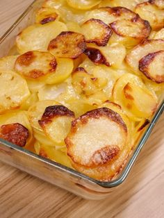 Gratin Dauphinois – Famous Last Words Mexican Appetizers, Soup Appetizers, Great Appetizers, Mexican Food Recipes, Appetizer Recipes, Patate Dauphinoise, Gratin Dauphinois Recipe, Classic French Dishes, Salty Cake