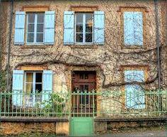 Afbeeldingsresultaat voor Franse boerderij met groene luiken