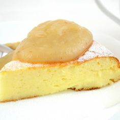 Semolina Pudding (Bubert) with Apple Sauce ~ Gentle dish of baked semolina porridge. #desserts #dessertrecipes #food #sweet #delicious #yummy