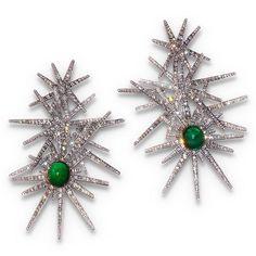"""Super stellar SABBA earrings @symbolicchase #saythatfivetimesfast #SABBAjewels #SABBA #emerald #diamond #earrings #superstellar"""
