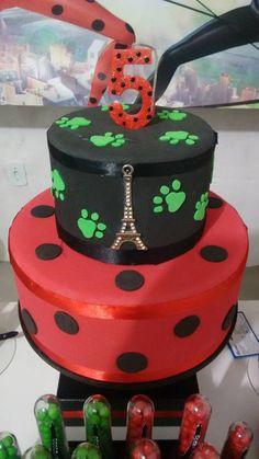 Resultado de imagen para tortas de ladybug y cat noir