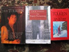 Lord of the Rings Book Trilogy Paperback JRR Tolkien Fellowship Two Towers King