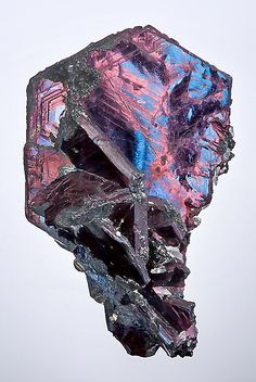 Covellite: bridging the Earth and spirit planes, this stone aids in manifesting dreams into reality; useful in acquiring wisdom from past lives, this stone is also great at unearthing past hurts and facilitating healing.