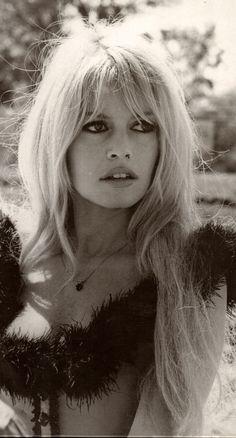 """psychedelicway: """" Brigitte Bardot, 1968 Photo de Léonard de Raemy """""""