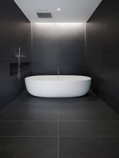 :: BATHROOMS :: Love the concept of spa rooms combining the bath & shower into one space. Lovely detail with the hidden cove lighting. Private Residence in San Francisco Designer: Garcia Tamjidi Architecture Design Location: USA Interior Design Examples, Interior Modern, Interior Architecture, Bad Inspiration, Bathroom Inspiration, Bathroom Interior, Modern Bathroom, Minimal Bathroom, Cove Lighting