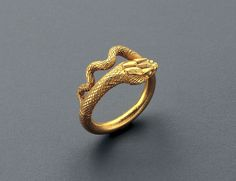 Roman Gold Ring in the shape of a serpent | Work of art | Phoenix Ancient Art S.A