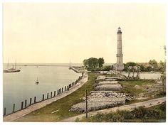 https://upload.wikimedia.org/wikipedia/commons/0/01/Latarnia_Swinoujscie_1890_1900.jpg