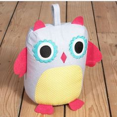 We love our new fabric doorstops. Keep Children's bedroom door ajar at night with this this top quality doorstop which weighs 1.5 kg and will hold any domestic door open. This exclusive doorstop is exactly what you need to keep your little ones in ears reach of mum or dad.  #flossandrock #doorstop #owl #fabricowl #homesweethome #bird. http://ift.tt/28wluYv