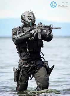 a few years' time, Police and Military men looked exactly like robots. Something from a science fiction movie. Combat Armor, Military Gear, Military Weapons, Military Police, Tactical Armor, Futuristic Armour, Military Special Forces, Sci Fi Armor, Future Soldier