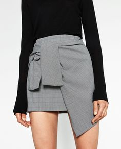 ZARA MINI SKIRT WITH A KNOT IN FRONT #musthave