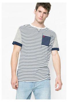 Camiseta marinera para hombre Desigual. ¡Descubre la colección primavera-verano 2016!