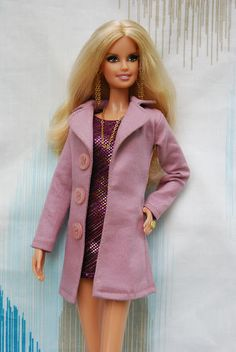 Barbie as Heidi Klum a ružový kabátik, minišaty Diy Barbie Clothes, Sewing Doll Clothes, Doll Clothes Patterns, Clothing Patterns, Dress Sewing, Heidi Klum, Coat Patterns, Dress Patterns, Barbie Sewing Patterns