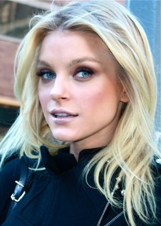 Jessica Stam is tall Supermodel Eye Color, Hair Color, Jessica Stam, Canadian Models, Ethereal Beauty, How Beautiful, Beautiful Things, Beautiful People, Love Hair