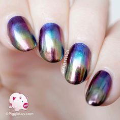 This gasoline nail art is SO REFLECTIVE!!