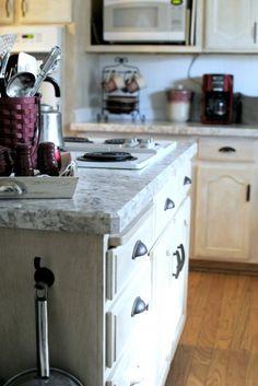 New faux granite countertop - Faux the win!!