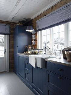 nautical design and organization : #home #kitchens #navy
