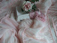 soft pink ruffled bedding