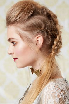 12 Cute Hairstyles You Can Pull Off No Matter How Many Times You Hit Snooze