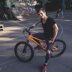 Bmx, My Boyfriend, Pugs, Bicycle, Marvel, My Love, Youtube, Instagram, Bike