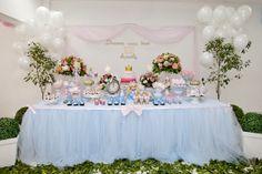 Frescurinhas Personalizadas: Festa Cinderela!!! Cinderella Party, Disney Princess Party, Cinderella Princess, Girl Birthday, Birthday Parties, Aurora Disney, Tea Party Setting, Festa Party, Candy Buffet
