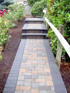 20 Stone Walkway Ideas for Homes and Gardens Walkway Paving Stones Pictures - Brick Paver Walkways - Paver Walkway, Front Walkway, Brick Pavers, Front Yard Landscaping, Backyard Patio, Landscaping Ideas, Front Path, Concrete Walkway, Landscaping Shrubs