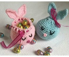 Bunny Gift Bag Crochet pattern by Little Crochet Makes With Easter around the corner, I decided to make a reusable treat bag, in the form of a little bunny. This bunny can hold a bag of mini eggs or 3 crème eggs. It makes your Easter gift lo Bag Crochet, Crochet Bunny, Crochet Crafts, Crochet Toys, Crochet Projects, Free Crochet, Easter Gift Bags, Easter Crochet Patterns, Crochet For Easter