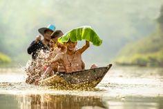 People 2000x1334 photography nature Myanmar Burma boat humor leaves bananas water water drops mist waves trees fisherman river plants looking at viewer bokeh smiling