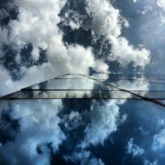 Architecture Réflexion nuage par chris92issy