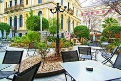 Garden Cafe: Για καφέ στο Νομισματικό Μουσείο! Best Sites, Athens, Greece, Patio, City, Outdoor Decor, Travel, Home Decor, Food