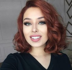 WEBSTA @ rosymelina - Hi my loves! Mine is cray cray, but I'm working extra hard today so I can ease my weekend! Hair Color Auburn, Red Hair Color, Magenta Hair Colors, Cabelo Rose Gold, Red Hair Don't Care, Lob Hairstyle, Trending Hairstyles, Fall Hair, Hair Dos