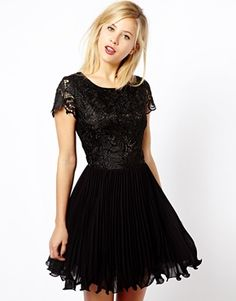 A Wear Lace Pleat Dress