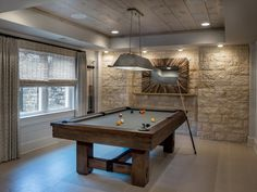 Wonderful Game Room Ideas: Wonderful Game Room Ideas With Pool Table And Stone Wall Design Game Room Bar, Game Room Decor, Room Wall Decor, Billard Design, Billards Room, Small Game Rooms, Rustic Games, Pool Table Room, Pool Tables