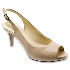sandals: Trotters Women's Omega Nude Patent Leather W US