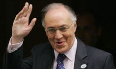 LONDON - England - In a speech to the Confederation of British Industry (CBI), former Home Secretary, Lord Howard of Lympne, criticised the CBI's record on the EU.