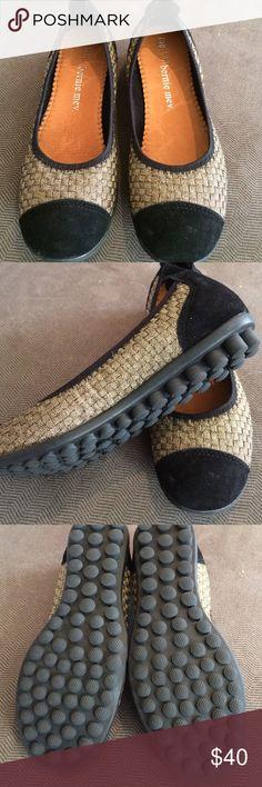 NWOT BERNIE MEV Bella Me flats Signature Gold/black mesh, rubber bottom, never been worn bernie mev. Shoes Flats & Loafers
