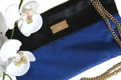 Leather pochette with flower Original Handmade Bags Tuscany/Italy Worldwide shipping www.chixbags.it  info@chixbags.it