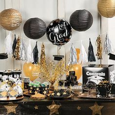 Celebrate your grad with party decorations that set the stage for a memorable graduation party.